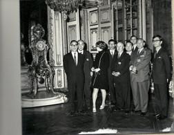 10 - 2020 - YVELINES - 78 - VERSAILLES -1968 - Séjour En France Des Gouverneurs Japonais -Délégation Au Château - Fotografía