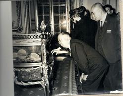 10 - 2020 - YVELINES - 78 - VERSAILLES -1968 - Séjour En France Des Gouverneurs Japonais -Emerveillement - Fotografía