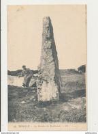 29 MORGAT LE MENHIR DE RUILLANEC CPA BON ETAT - Dolmen & Menhirs