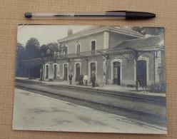 Photo 259,  Cher, Chateaumeillant, La H=gare, Construction De La Verriere, Format 18,8 X 12, Pliures Sur Les Angles, Fra - Orte