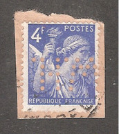 Perforé/perfin/lochung France No 656  W.H. Petits Fils François De Wendel & Cie - Perforadas