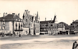 58 - NEVERS - Place Carnot - Nevers