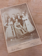 HAMBURG-ST.PAULI - THEODOR PETERSEN - SCHOENE JUNGE LEUTE - KLEIDERBALL - TANZ - MASKERADE - 1901 - DAMEN - HAARMODE - Identified Persons