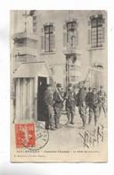 55 - STENAY - Caserne Chanzy - La Relève Des Sentinelles - Stenay