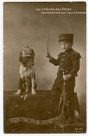 1914-18. Patriotique. Les Enfants Des Héros Marcheront Sur Leurs Traces. Bulldog. Chien Allemand Casque à Pointe. - Patriotic
