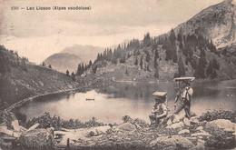 """Lac Lioson - Armaillis Avec """"Oiseau"""" Pour Porter Les Meules De Fromage - Alpage - Alpes Vaudoises  - Château D'Oex - Bauern"""