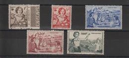 France 1945 Timbre De Bienfaisance PTT 44-48 5 Val ** MNH - Erinofilia