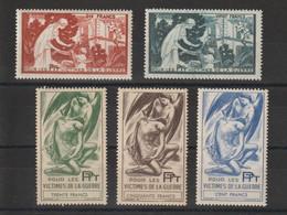 France 1947 Timbre De Bienfaisance PTT 59-63 5 Val ** MNH - Erinofilia