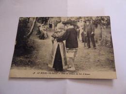 LE BOURG DE BATZ ( Loire Inférieure) - DANS LES SENTIERS DU BOIS D'AMOUR - Batz-sur-Mer (Bourg De B.)