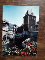 L31/374  Moutiers - Tarentaise - Le Vieux Pont Sur L'Isère Et L'ancien Palais épiscopal - Moutiers
