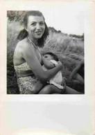 Femme Donnant Le Sein - Allaitement - Breastfeeding  Photo 6,5 X 9 Cm  - Allaitante - Maternité - Seins Nu - Persone Anonimi