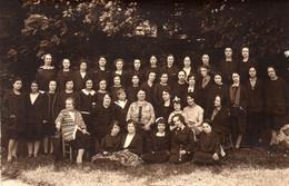 RIBERAC - Groupe De Jeunes Femmes . Probablement Une Année Scolaire Des Années 20 De L' E.P.S. - Riberac