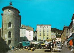 83 Hyeres Les Palmiers La Place Du Marché (carte Vierge) - Hyeres