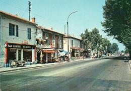 V10 45Kat   13 Saint Andiol Route Nationale Et Commerces - Andere Gemeenten