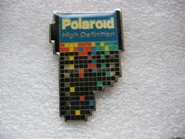 Pin's Polaroid, High Définition - Photography