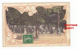 03 Vichy Cpa Carte Gaufrée Le Kiosque De La Musique Cachet 1913 Fantaisie - Vichy