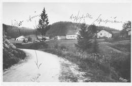 LES GRAS (Doubs) - 5 CPA Et CPSM Différentes. 4 Ont Circulé. Bon état. 5 Scan. - Other Municipalities