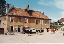 """GELLIN (Doubs) - La Laiterie. Couleurs - Format 15 X 10. Dentelée. Non Circulée. Edit """"Optique Sociale"""" TB état - Other Municipalities"""