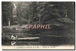 CPA Combs La Ville Bords De L&#39Yerres Barque Bateau - Combs La Ville