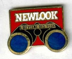 Pin's Magazine Média Newlook Presse De Charme érotique Jumelles Binoculars - Mass Media