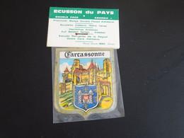 Blason écusson Adhésif Autocollant Carcassonne Remparts Aufkleber Wappen Coat Arms Sticker Adhesivo Adesivo Stemma - Oggetti 'Ricordo Di'