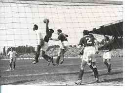 Football - Photo Ddu 23 Mai 1948 - L'équipe De France , Au Stade De Colombes , Bat L'Ecosse 3 à 0 - - Zonder Classificatie