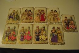 Chromo Lot De 9 Chromos Chocolat Poulain Dames Gauffrés Série Chromos Satin - Poulain