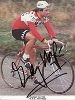 CARTE CYCLISME DUDLEY HAYTON SIGNEE TEAM VIKING 1980 ( DECOUPE FORMAT 10,5 X 14, DETERIOREE PARTIE ARRIERE, VOIR PHOTO ) - Radsport