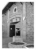 SAINT-SYMPHORIEN-D'OZON - Bibliothèque Municipale - Otros Municipios