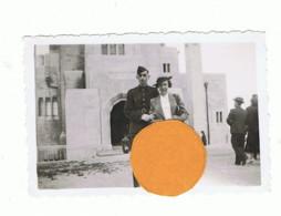 Photo ( +/- 6 X 9 Cm ) D'un Militaire Et De Sa Fiancée à COINTE ( Liège ) En 1936  (B284) - Luoghi