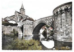 Montmorillon - Vieux Pont Sur La Gartempe Et Eglise # 10-20/12 - Montmorillon