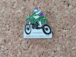 PINS MOTO BARBARA CHAMPION DE FRANCE 1991 - Motorfietsen