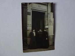 CARTE PHOTO,IDENTIFIEE,DOCTEUR HELIACHEF,PEUT-ÊTRE RUE DU BOIS A CLICHY? ANNUAIRE 1906 - Cafés, Hotels, Restaurants