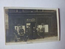 CARTE PHOTO A IDENTIFIER,MAISON COLLET HOULBREQUE,CAFE, ANNOTATION SUR LA CARTE COMME ETANT A VERSAILLES? - To Identify