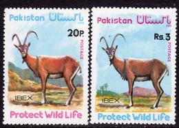 Pakistan 1976 Wildlife Protection IV Set Of 2, MNH, SG 417/8 (E) - Pakistan
