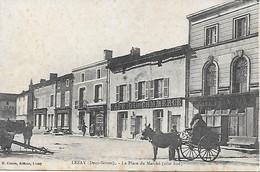 79 - LEZAY - PLACE DU MARCHE - RARE VISUEL - CAFE DU COMMERCE PHARMACIE CENTRALE EDIT. CANON 1916 - Sonstige Gemeinden