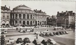 Ille  Et  Vilaine :  RENNES :  Place D Ela  Mairie Et  Théâtre ,  Voiture S , Bus - Rennes
