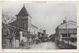 31)   AZAS - Intérieur Du Village Rue Principale Et La Mairie - Verfeil