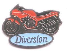 TT74 Pin's Moto Diversion Signé Formula Achat Immédiat - Motorfietsen