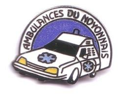 V79 Pin's Citroën Sm Cx Ambulances Du Noyonnais à Ribécourt Dreslincourt  Oise Qualité Egf Achat Immédiat - Citroën