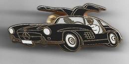 Pin's MERCEDES NOIRE FABRICATION ARTHUS BERTRAND - Mercedes