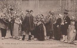 T24-01) SAINT ETIENNE DU BOIS (AIN) LES EBAUDITS BRESSANS - EN PLACE POUR LE CHIBRELI - (2 SCANS ) - Other Municipalities