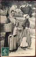 Cpa De 1909, Corse - Types Corses, Femmes -Paysannes-Marchandes Avec Paniers, écrite D'Ajaccio - Non Classés