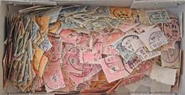 O Kb Ezer Db Krajcáros Bélyeg ömlesztve Kis Dobozban, Lemezhibákra átnézetlen / More Than 1000 Unchecked Krajcár Stamps  - Unclassified