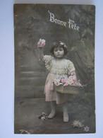 Bonne Fête Fillette Vendeuse De Fleurs Dentelle Meisje Bloemen Verkoopster Kant Circulée 1908 Remicourt Edit PC 423 - Taferelen En Landschappen