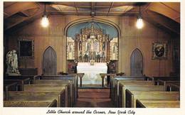 1 AK USA / New York * Die Kirche Der Verklärung, Auch Bekannt Als Die Kleine Kirche Um Die Ecke In New York City * - Churches