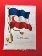 MADAGASCAR AFR  Collectors Silk BDV Phillips Cigarettes Silks Flag Drapeau C1925-Insights-Godfrey Phillips Badge En Soie - Sigarette - Accessori
