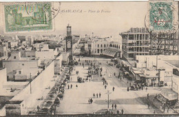 Maroc. Carte Postale. Casablanca. Place De France. Animation. 2 Timbres Du Protectorat. Cachets. Etat Moyen. Taches - Casablanca
