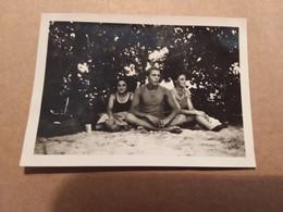 BAGNANTI SUL FIUME PO   IN COSTUME DA BAGNO  FOTOGRAFIA  FORMATO  6,5 X 9 CM  ANNI '50 - Persone Anonimi