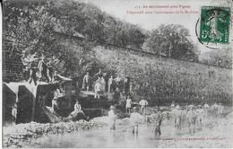 FIGEAC (pres De )  Aprés Le Déraillement Du Train - Préparatifs Pour L'enlèvement De La Machine-locomotive ( 1908 ) - Figeac